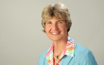 Prof. Dr. med Kirsten Zeuner, verlinkt zur Arbeitsgruppe Dystonie